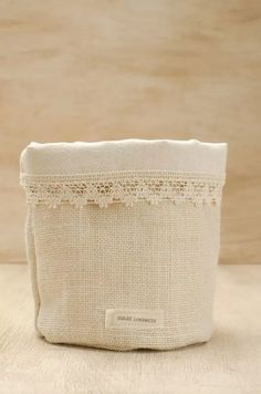 Diy Home Accessories, Sewing Accessories, Fabric Bins, Fabric Storage, Fabric Crafts, Sewing Crafts, Sewing Projects, Burlap Lace, Sewing Material
