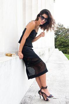 1436fda4590d 15 Ultra-Chic Ways To Wear Black In Summer
