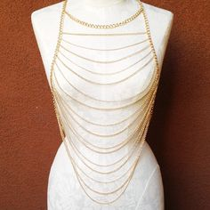 A wide range of gold Weird Jewelry, Jewelry Art, Fashion Jewelry, Body Chain Jewelry, Body Jewellery, Body Necklace, Shoulder Necklace, Hair Jewels, Body Chains