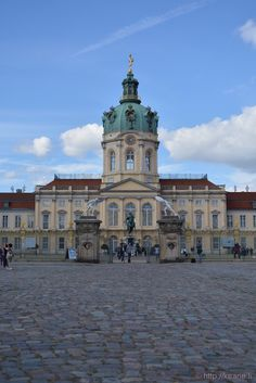 Schloss Charlottenburg (Charlottenburg Palace) - Largest palace in Berlin