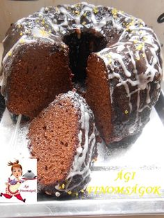 legiesen-konnyu-csodafinom-joghurtos-csokolades-kuglof Sweet Desserts, No Bake Desserts, Sweet Recipes, Delicious Desserts, Dessert Recipes, Savarin, Hungarian Recipes, Diy Food, Cake Cookies