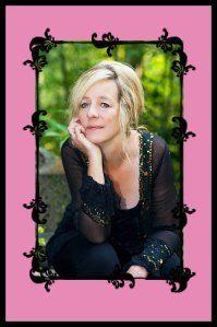 Award-winning children's book author, Diane Mae Robinson http://www.dragonsbook.com