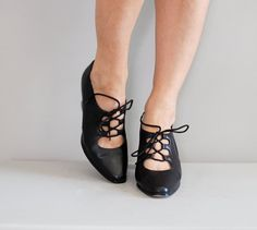 Corset shoes / ghillie heels / oxford heels by DearGolden on Etsy, $28.00