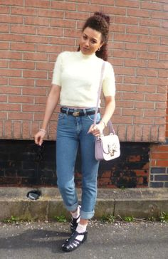Sheeva is ready for Spring in these vintage Lee jeans over at http://www.lemonsaresweet.wordpress.com  Grab yours now at http://www.bragvintage.co.uk  #bragvintage #vintagejeans #lee