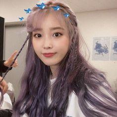 Silver root and purple hair Kpop Hair Color, Iu Twitter, Icons Tumblr, Dream Hair, Purple Hair, Ulzzang Girl, Hair Inspo, Girl Hairstyles, Iu Hairstyle