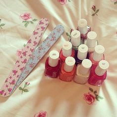 Essie nail polish and floral filers♡