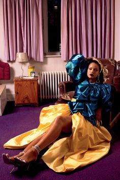 Rihanna covers the Fall/Winter issue of Garage Magazine , styled by Carlos Nazario for images by Deana Lawson . Rihanna News, Rihanna Fenty, Rihanna Song, Vintage Skirt, Vintage Tops, Deana Lawson, Rihanna Cover, Gucci Top, Valentino Sandals
