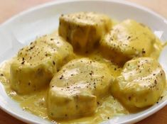 solomillo en salsa de queso, riquísimo! Chicken Salad Recipes, Steak Recipes, Cooking Recipes, Healthy Recipes, Meat Steak, Catering Food, Appetizer Recipes, Food And Drink, Yummy Food