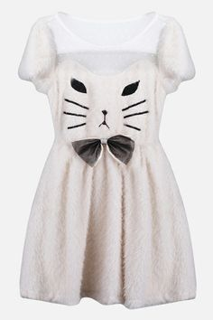 Remember...you are NOT a White Cat!! Don't dress like one. EVER!