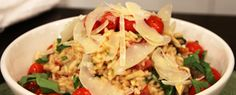 This must-try meal takes all the flavour of a club sandwich and transforms it into a nourishing, creamy risotto using leftover chicken. By Voula Halliday Serves 4 to 6 1 pint baby tomatoes 2 tbsp (30 mL) olive oil 4...
