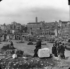 Foro Romano (1905 ca) Old Pictures, Old Photos, Trieste, Roman Empire, New York Skyline, Dolores Park, Nostalgia, Archive, Places To Visit
