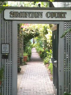 Simonton Courts Historic Inn & Cottages in Key West, FL