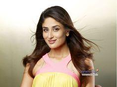 Kareena Kapoor Smile Face Wallpaper Download  Famous HD Wallpaper 1024×768 Kareena Kapoor Pictures Wallpapers (61 Wallpapers)   Adorable Wallpapers