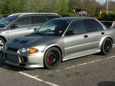 Mitsubishi Lancer Evolution 3. Tastefully modded.