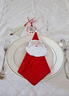 Weihnachtsmann gesicht ausdrücken und als Serviettendeko verwenden