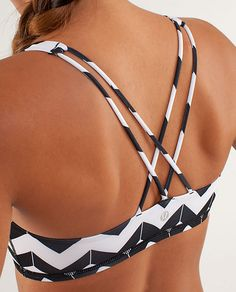 chevron lulu sports bra. Could wear this under tanks!