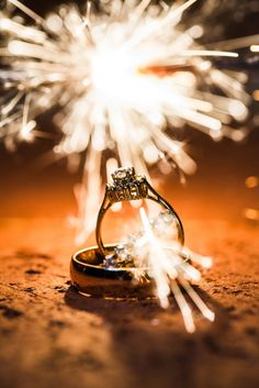 unique ring picture   charlotte nc wedding photographer