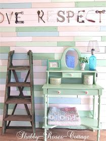 Shabby-Roses-Cottage: From trash to treasure... Pallet wall... Holzpaletten Wand...