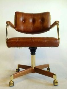 This is an amazing cantilever bright brass finish and tweed office chair. Office 2020, Gold Office, Velvet Office Chair, Rolling Office Chair, Vintage Office Chair, Antique Chairs, Home Office Space, Mid Century Furniture, Danish Modern