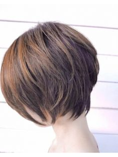 Idee Tendance Coupe & Coiffure Femme Beschrijving ヌ ー デ ィ シ ƒ . Japanese Short Hair, Asian Short Hair, Asian Hair, Girl Short Hair, Short Hair Cuts, Short Hair Styles, Haircuts For Fine Hair, Hairstyles Haircuts, Cool Hairstyles