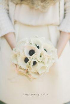 ©Reego Photographie - Mariage a Nice - La mariee aux pieds nus / winter wedding / mariage en hiver