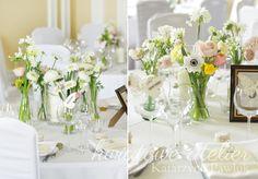 Dekoracja stołu wiosennymi kwiatami