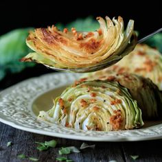 Roasted cabbage wedges are an easy healthy side dish you can serve for a low carb dinner. Simply use fresh green cabbage, garlic, lemon and butter. Enjoy the health benefits of this quick vegetarian recipe that can be roasted in the oven on one tray. Healthy Side Dishes, Vegetable Side Dishes, Side Dish Recipes, Vegetable Recipes, Fresh Green, The Fresh, Roasted Cabbage Wedges, Quick Vegetarian Meals, Cooking Recipes