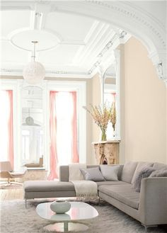 6 of the best white paint colors for walls and trim! The perfect shades of creamy and warm whites. Popular colors from Benjamin Moore, Joanna Gains Magnolia Homes, and Sherwin Williams. this si super white from SW Living Room Color Schemes, Paint Colors For Living Room, Paint Colors For Home, Living Room Colors, My Living Room, Mauve Living Room, Best Gray Paint Color, Best White Paint, White Paint Colors