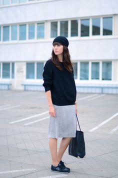 outfit new balance skirt beanie