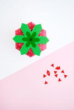 Strawberry treat box 21