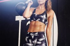 Whether you have ten minutes or thirty minutes, these abs workouts will have you feeling flatter and stronger in no time.
