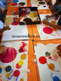 Tullet e Tanaka interagiscono nella verifica - Laboratori nelle scuole | Laboratori nelle scuole Diy And Crafts, Crafts For Kids, Arts And Crafts, Herve, Maria Montessori, Reggio, Art For Kids, Gift Wrapping, Kids Rugs