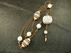 collar blanco y oro con la Bella Bead de Pencio