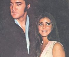 Elvis Presley, priscilla presley, and love image Priscilla Presley Hair, Elvis And Priscilla, Dark Hair Blue Eyes, Blue Hair, We Heart It, Heart Eyes, Bonnie Clyde, Old Hollywood, Classic Hollywood