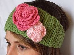 crochet headband tutorial.  Not a fan of the flower colors & location but I can change it up :)