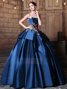 Elegant Strapless Ball Gown Embroidery Pick-Ups Floor-Length Quinceanera Dress School Dance Dresses, Grad Dresses, Homecoming Dresses, Casual Dresses, Fashion Dresses, Wedding Dresses, Tulle Prom Dress, Ball Gown Dresses, Evening Dresses