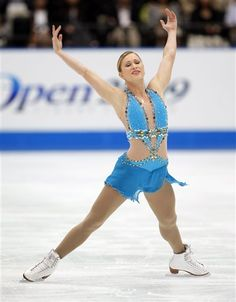 Read More About Joannie Rochette. Figure Skating Moves, Figure Skating Costumes, Figure Skating Dresses, Joannie Rochette, Skate 3, Look Thinner, Ice Princess, Beautiful Figure, Sports Figures