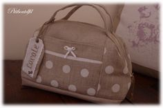 Necessaire with pockets and handles - click purse image for pdf pattern download. Pattern in French - but clear picture instructions.