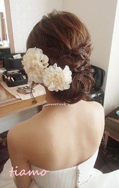 ♡かわいい花嫁さまのこだわりwedding style♡ の画像|大人可愛いブライダルヘアメイク『tiamo』の結婚カタログ Hair Setting, Bride Hairstyles, Bridal Hair, Hair Inspiration, Wedding Styles, Hair Beauty, Hair Accessories, Wedding Dresses, Hair Styles