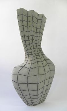 black and white - vase - squares - ceramic - Pınar Baklan Onal Black And White Vase, Vases, Mannequin Art, Ceramic Techniques, Clay Vase, Vase Shapes, Ceramic Materials, Bottle Vase, Pottery Making