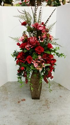 Reds in a traditional piece. This one has been very popular. Designed by Stephanie Alva