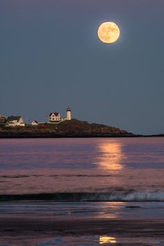 Ben brought this photo of Nubble Lighthouse back from Long Sands Beach in York, where there was a large group of photographers and spectators gathered. Super, indeed!  Click to get our weekly Snapshot!