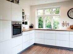 hvidt køkken... keep it simple