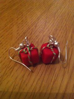 Items similar to Polymer Clay Christmas Present Earrings Red and Green on Etsy