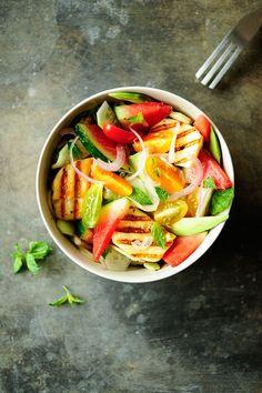 Watermelon Salad with Halloumi. A fast salad with juicy watermelon avocado grilled halloumi and fresh mint. Melon Recipes, Mint Recipes, Healthy Salad Recipes, Fruit Recipes, Summer Recipes, Vegetarian Recipes, Halloumi Salad, Grilled Halloumi, Spareribs Marinade