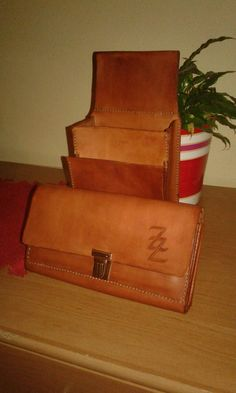 Peňaženka a puzdro pre čašníčku