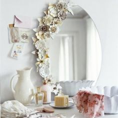 Vintage Flower Ornament Frame Made of Egg Carton | DIY Wednesday
