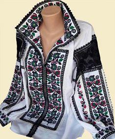 Designer embroidery/Ukrainian blouse vyshyvanka/Vyshyvanka/Peasant blouse/ vintage blouse /women's clothing/Ukrainian clothing Folk Fashion, Fashion Now, Hijab Fashion, Womens Fashion, Outfits For Teens, Cool Outfits, Mode Russe, Ethno Style, Gypsy Dresses