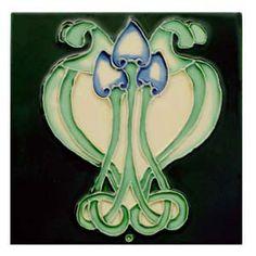 Jugendstilkachel Ornament auf dunklem Grün im Geschenkkarton