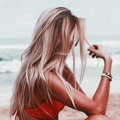 hair / hair color/ blonde and brown hair / highlights / long hair Blonde Plage, Summer Hairstyles, Pretty Hairstyles, Long Blonde Hairstyles, Latest Hairstyles, Hair Day, New Hair, Gorgeous Hair, Beautiful Beach